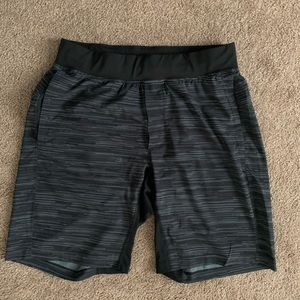 "Lululemon T.H.E. Shorts 9"""